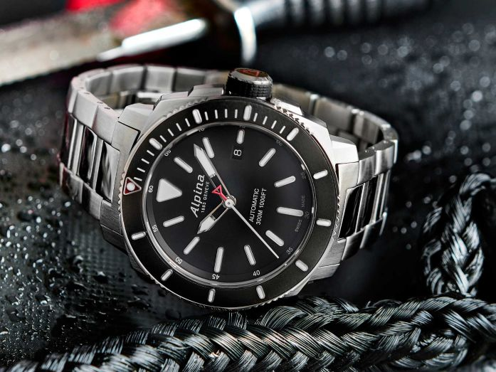 Alpina Introduces New Seastrong Diver Models WatchTime - Alpina watch reviews